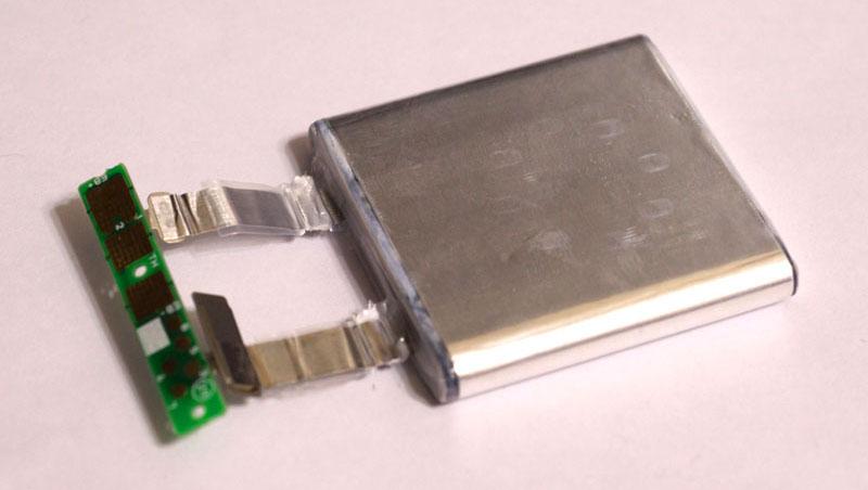 NEC N8103-130をMegaRAID SAS 9260-8iに改造してSATA3に対応させる方法